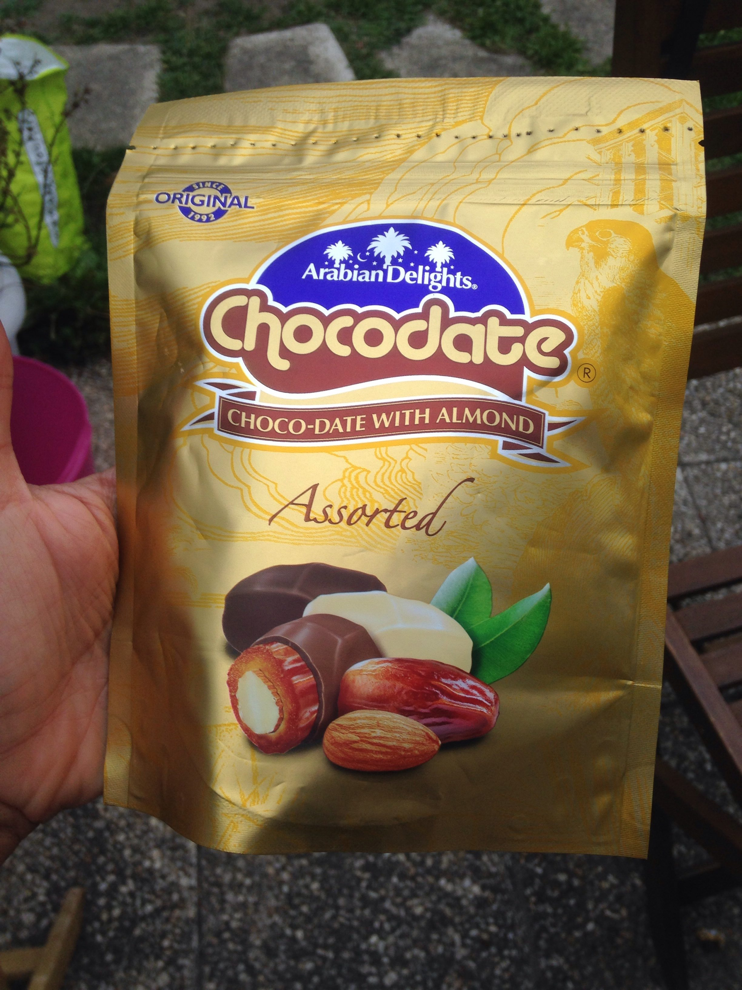 Chocodate Choco-date With Almond (90 G) - Ingrédients