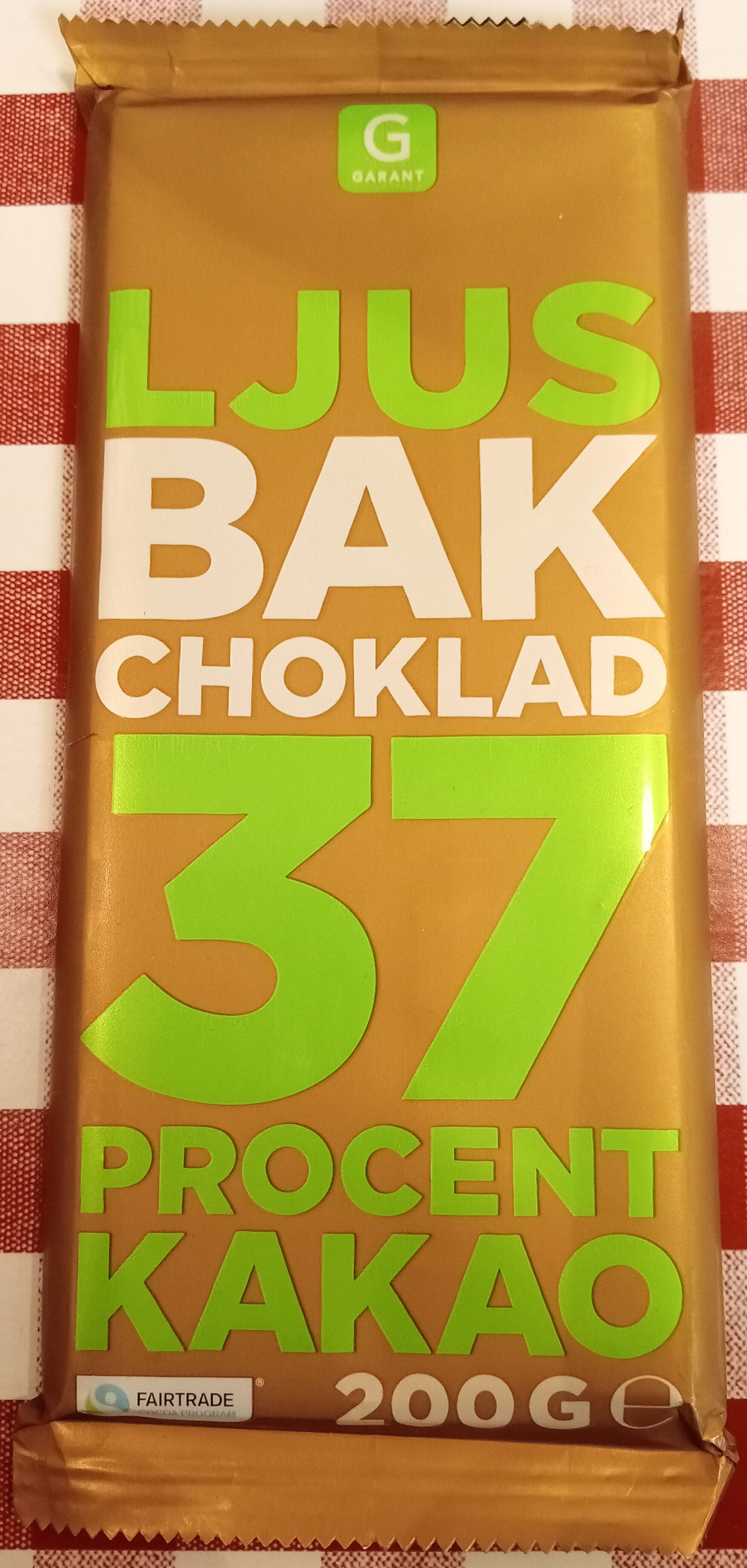 Garant Ljus bakchoklad 37 % kakao - Produit - sv