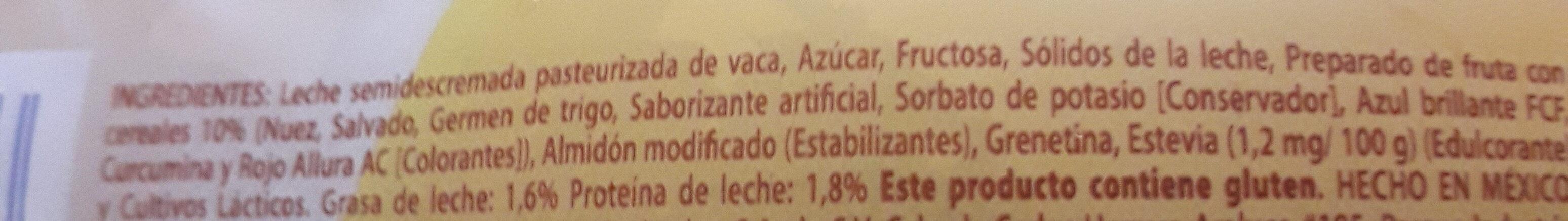 licuado de yoghurt c/ FRUTA NUEZ - Ingredients