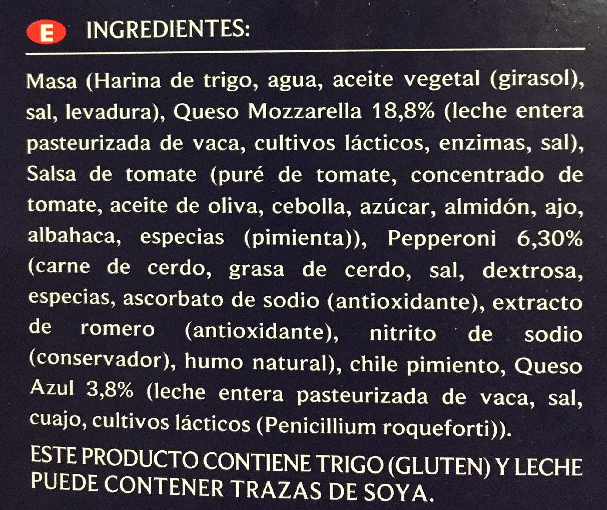 Pizza de pepperoni y queso azul - Ingredients