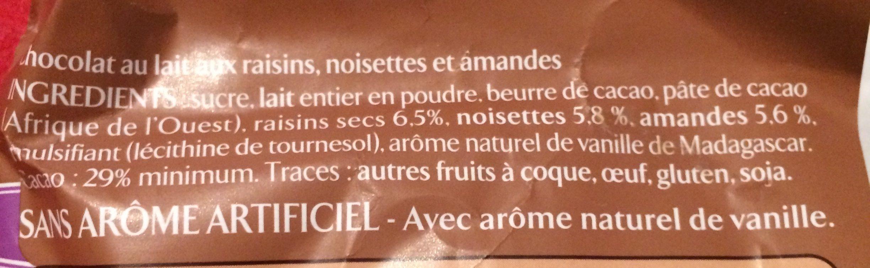 Chocolat au lait raisins amandes noisettes - Ingredienti - fr