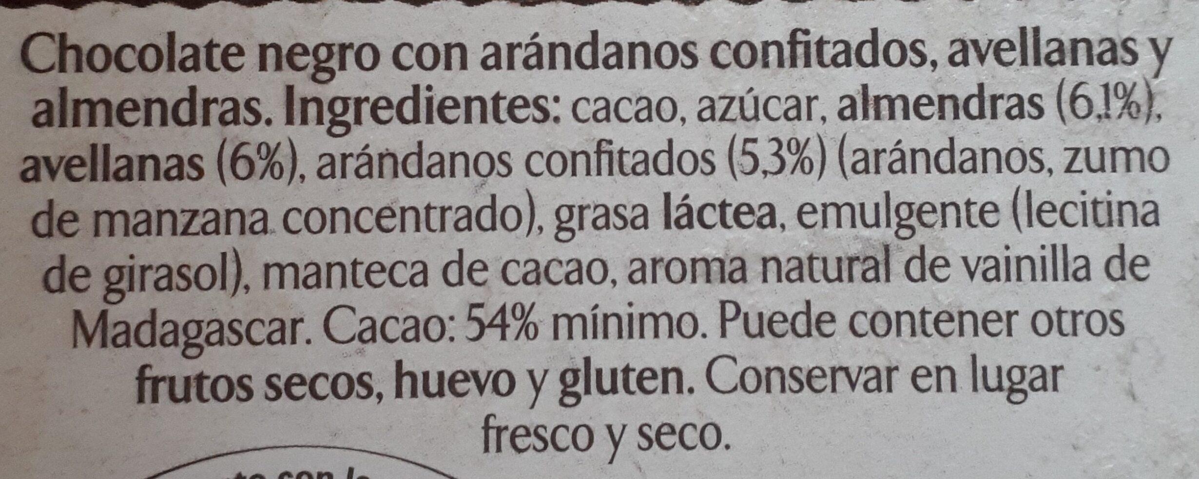 Chocolate negro almendras & avellanas - Ingredients - es