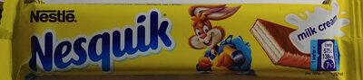Wafel przekładany kremem mlecznym (47%) oblany mleczną czekoladą - Product - pl