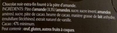 Chocolat noir extra-fin fourré à la pâte d'amande - Ingredienti - fr