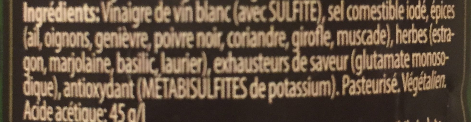 Vinaigre de vin aux herbes - Ingredients