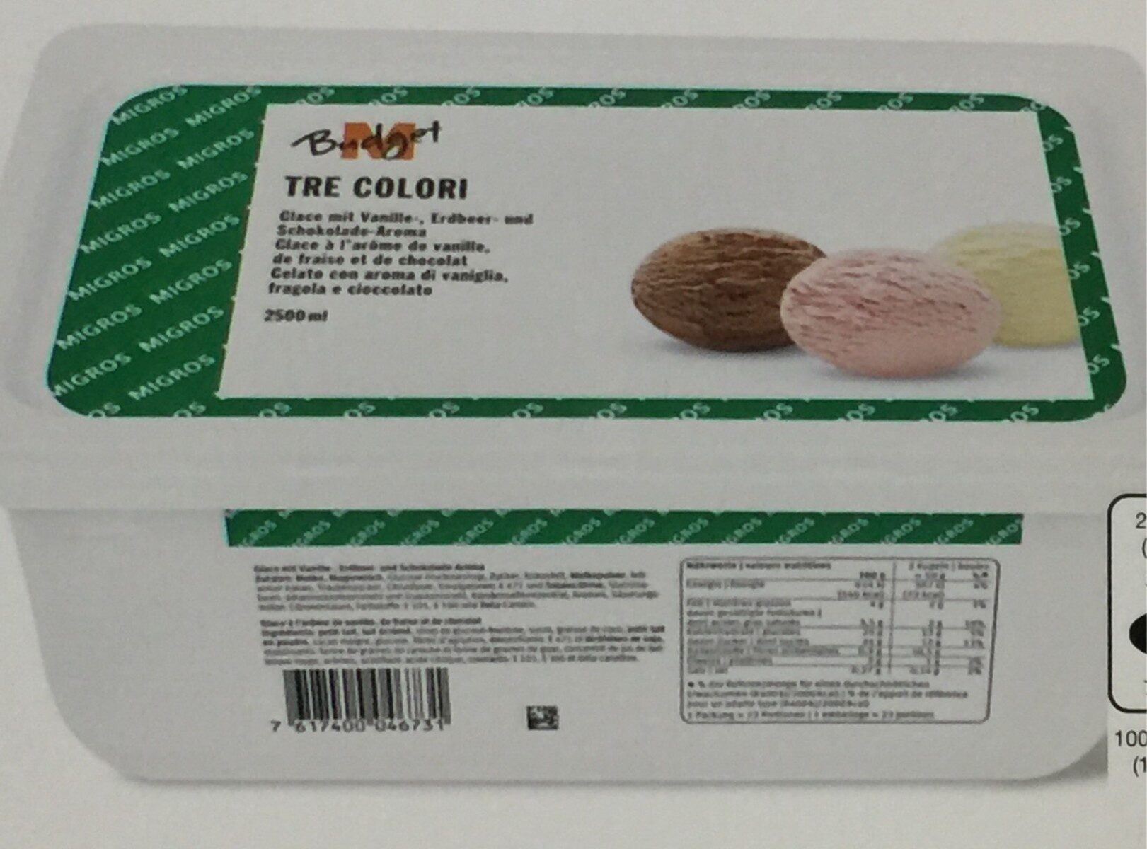 Tre colori (vanille, fraise, chocolat) - Product