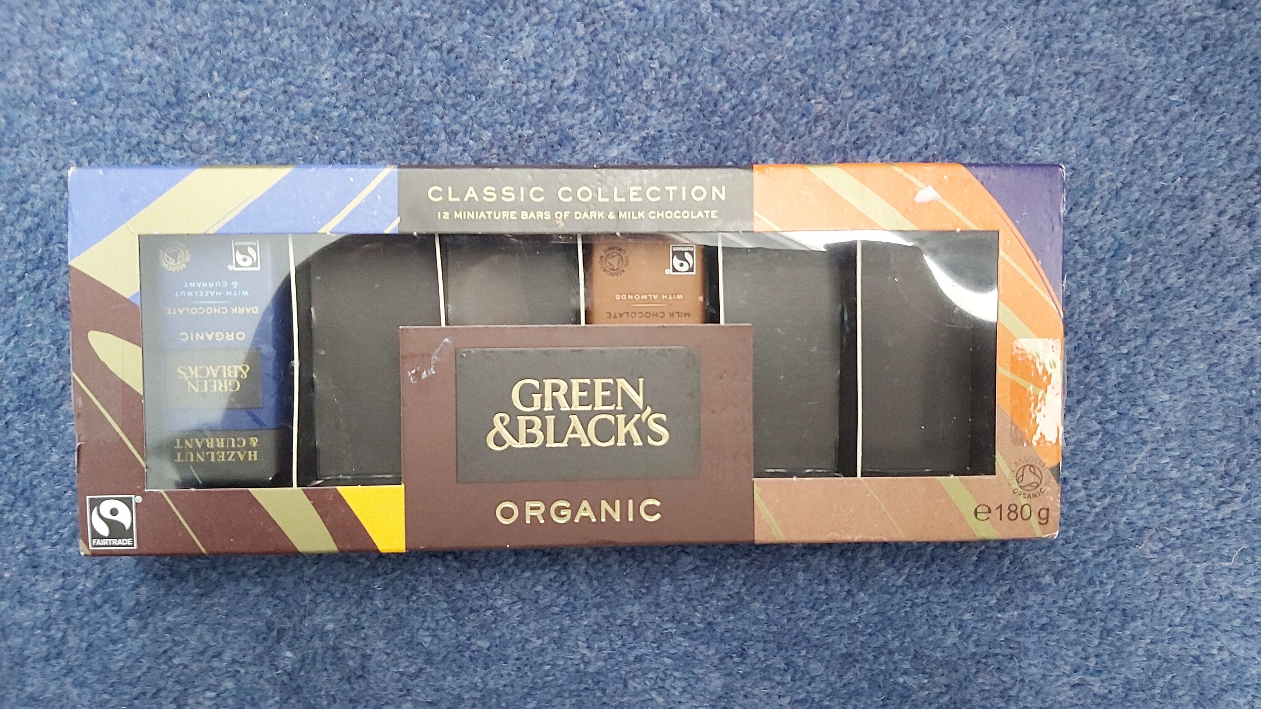 Black's Organic Classic Miniature Chocolate Bar Collection - Product - en