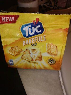 Tuc bakefuls salt