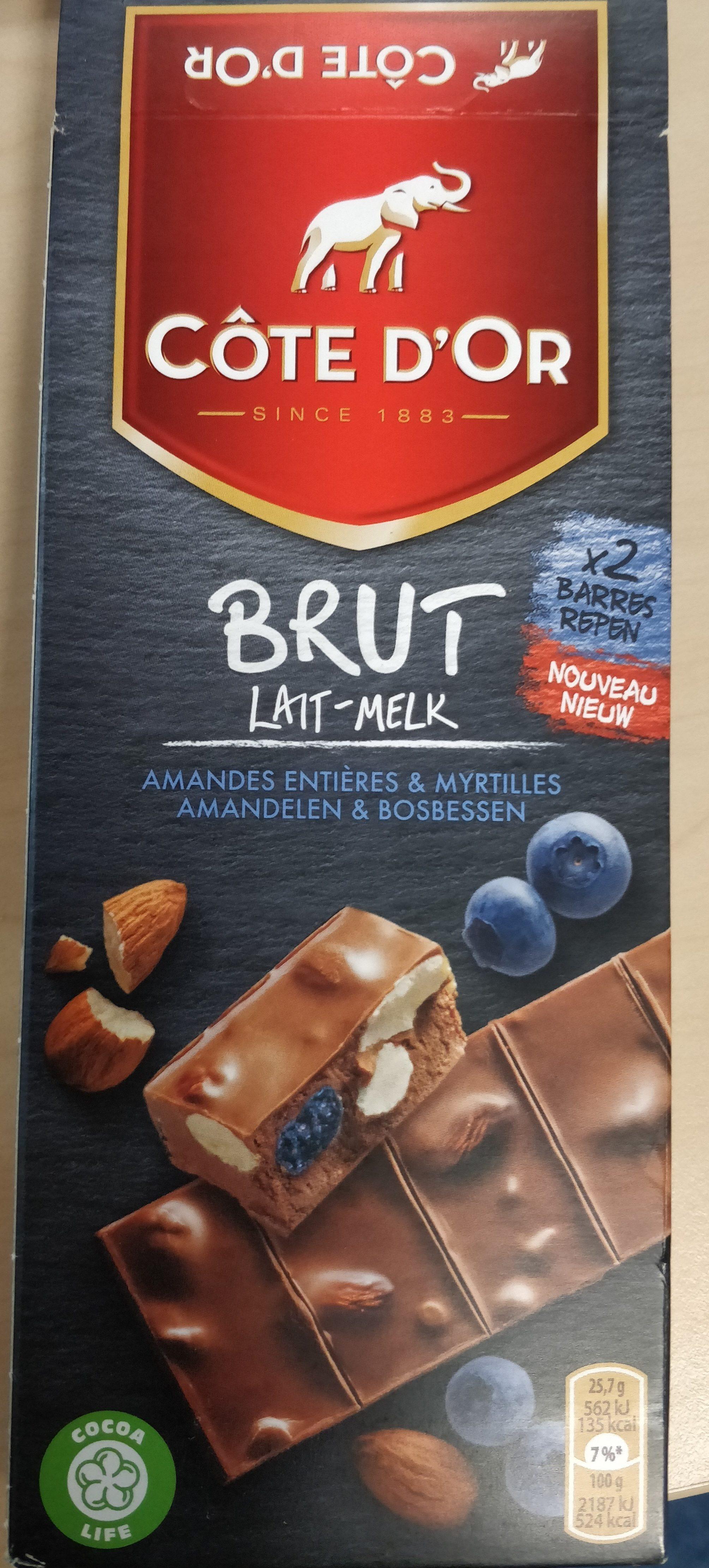 Chocolat au lait aux myrtilles confites et aux amandes - Product - fr