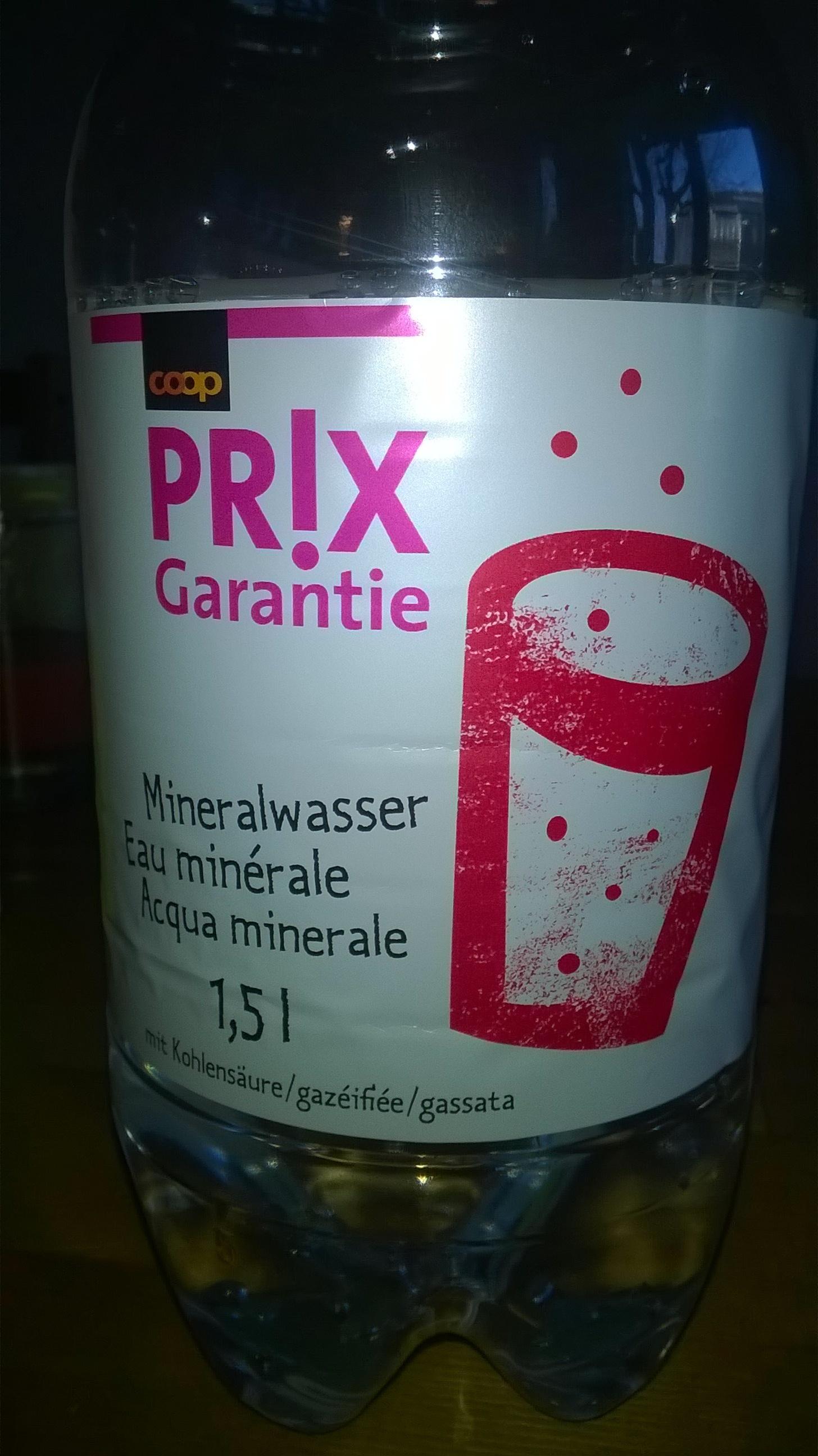 Eau minérale gazéifiée - Product - fr
