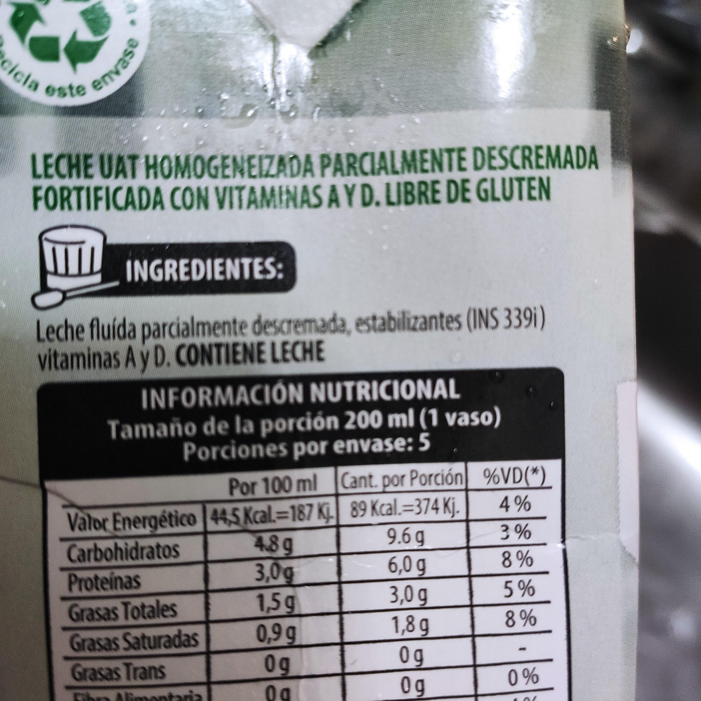 leche parcialmente descremada - Ingrédients - es