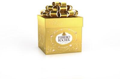 Ferrero rocher fines gaufrettes enrobees de chocolat au lait et noisettes avec noisette entiere cube de 6 pieces - Produit - fr