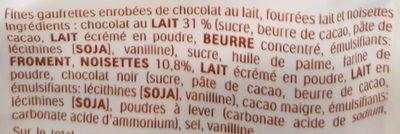 Kinder bueno mini fines gaufrettes enrobees de chocolat au lait fourrees lait et noisettes sachet de 20 pieces - Ingredienti - fr