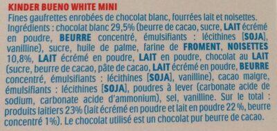 Kinder bueno mini fines gaufrettes enrobees de chocolat au lait fourrees lait et noisettes boite de 45 pieces - Ingredienti - fr