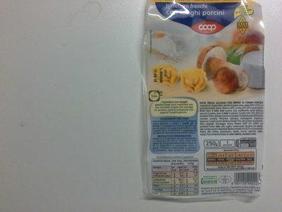 Tortellini freschi con funghi porcini - Produit - fr