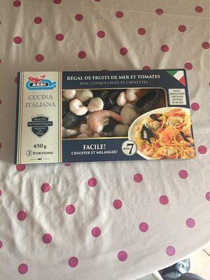 Regal fruits de mer et tomates avec coquillages et crevettes - Produit
