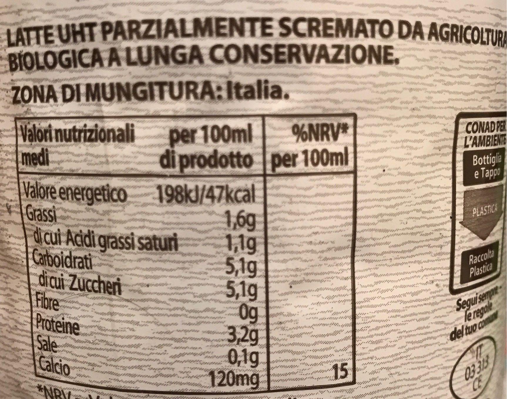 Latte Parzialmente Scremato Biologico (Conad) - Informations nutritionnelles - fr