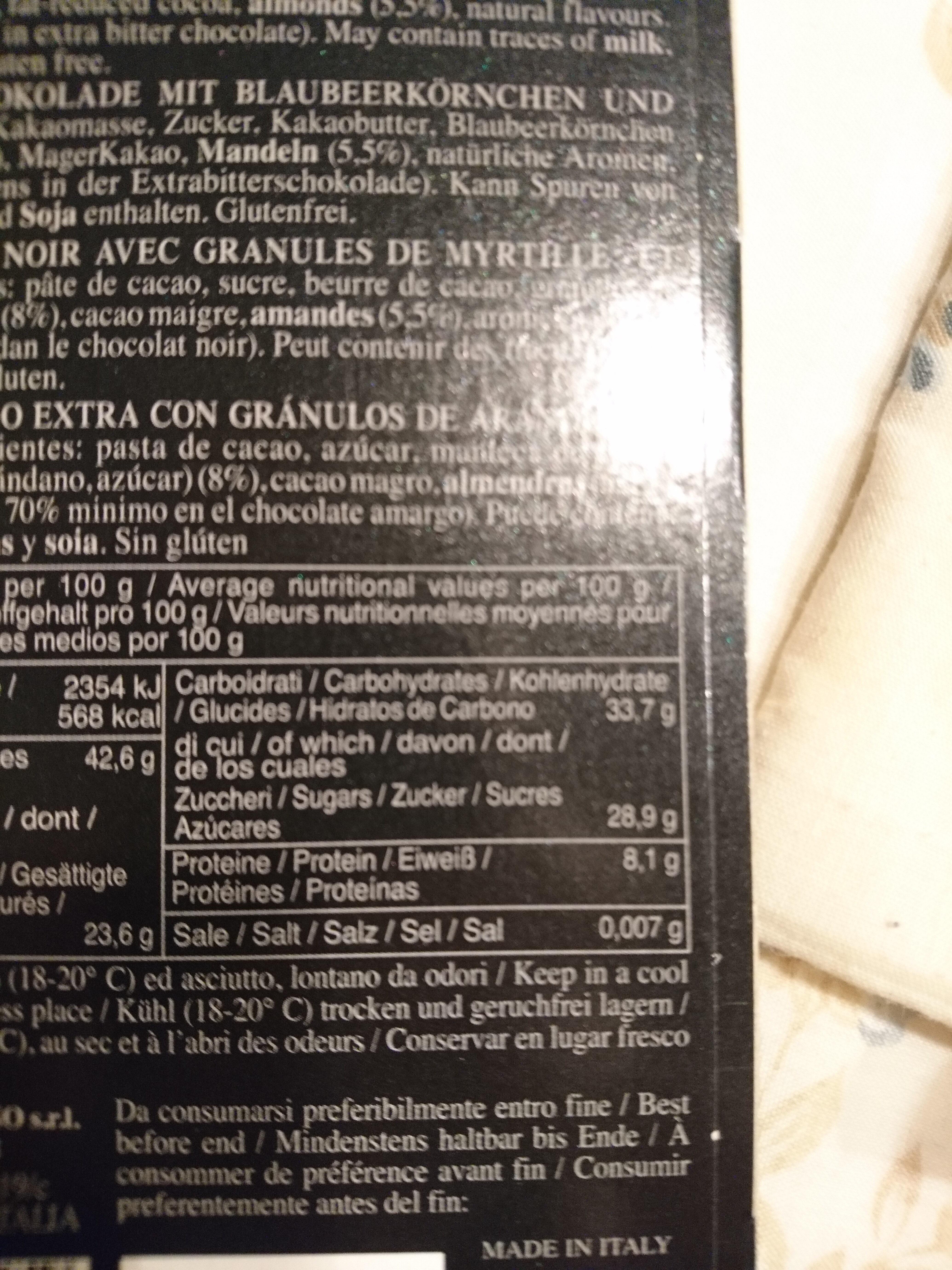 Cioccolato extra-fondente con mirtillo e mandorla - Nutrition facts