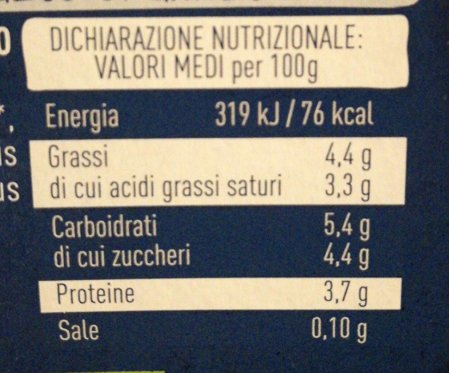 Yogurt con latte fieno stg italiano intero bianco - Informazioni nutrizionali - it