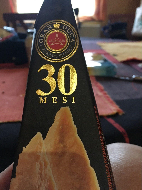 Colla Gran Duca 30 Month Dop Parmigiano Reggiano - Produit - it