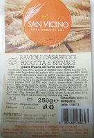 Pasta all'uovo ripiena Ravioli casareccia ricotta e spinaci - Produit - it