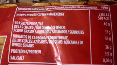 Chocolate puro con almendras - Nutrition facts