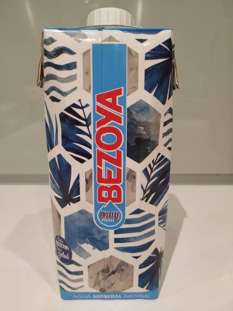 Prisma agua mineral natural de mineralización muy débil brik - Ingrediënten - es