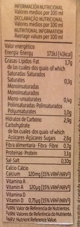 Bebida de soja sabor intenso alto contenido proteínas vegetales - Nutrition facts - es