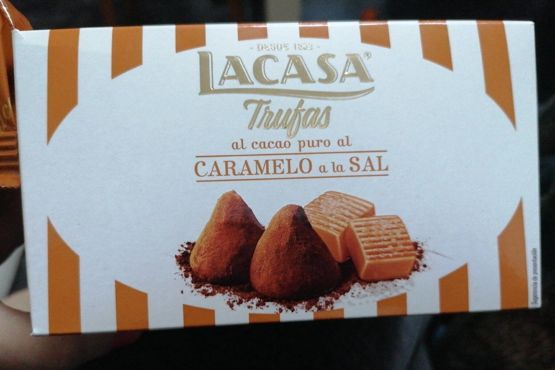 Trufas al cacao puro, caramelo y sal - Product - es