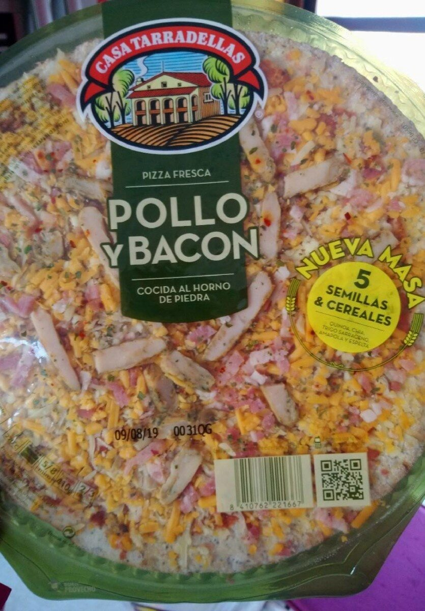 Pizza de pollo y bacon con masa de semillas & cereales - Product - es