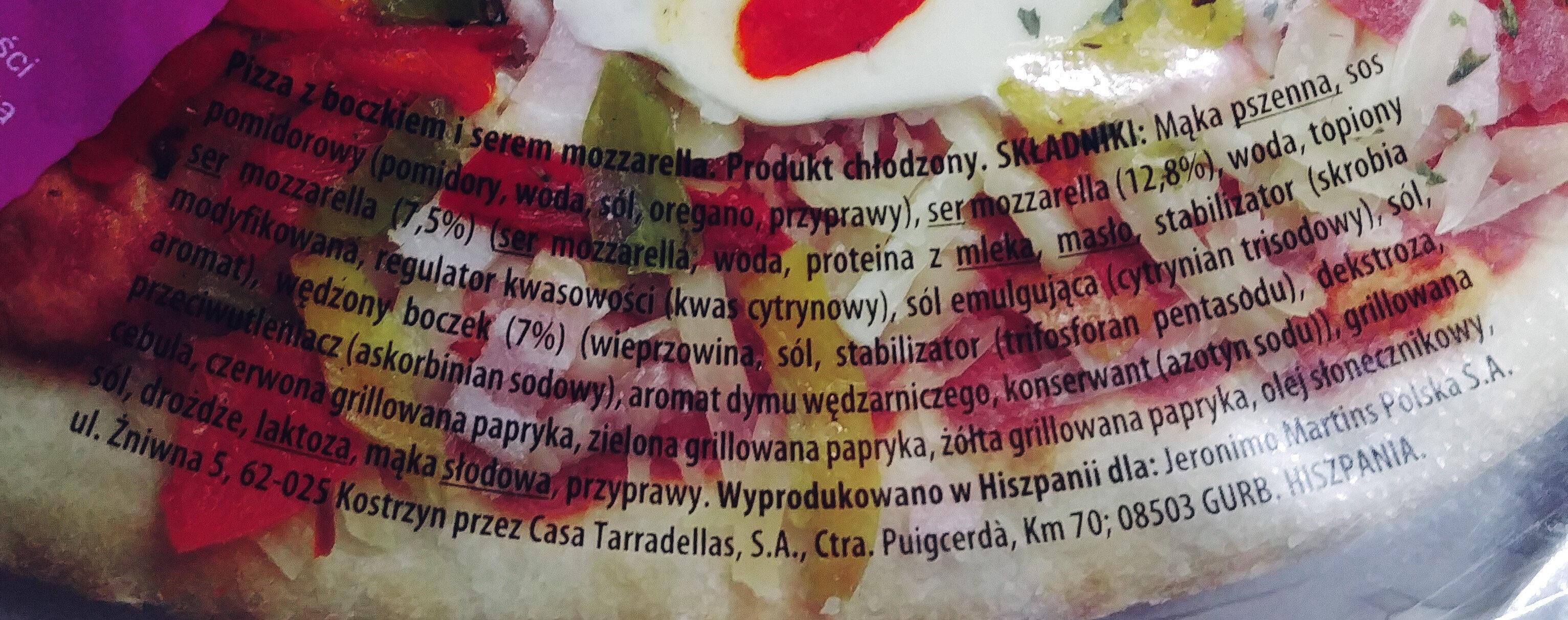 Pizza z boczkiem i serem mozzarella - Ingrediënten - pl
