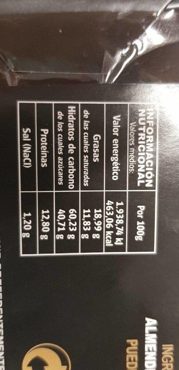 Chocolate negro con almendras - Nutrition facts