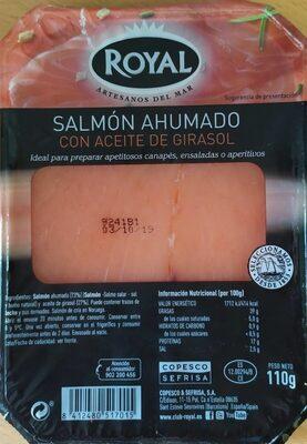 Salmón ahumado con aceite de girasol