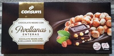Chocolate negro con avellanas enteras