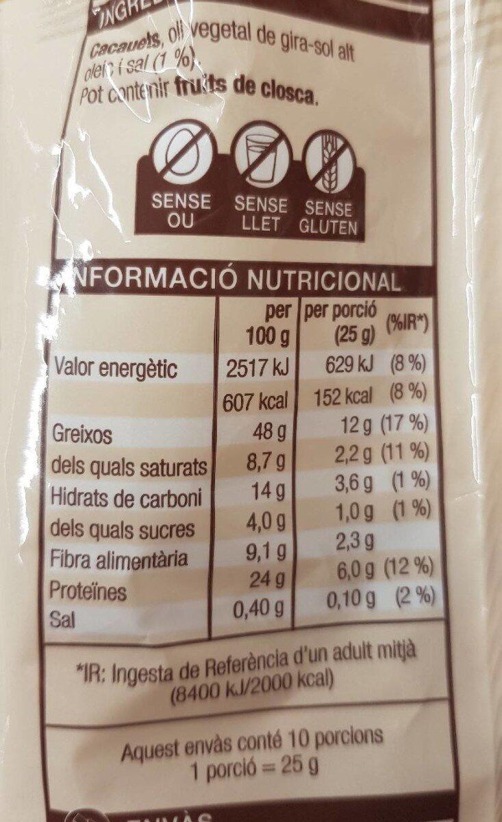 Cacauets fregits i salats - Ingredientes - ca