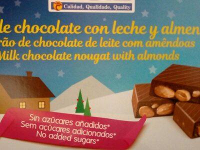 Turrón de chocolate con leche y almendras