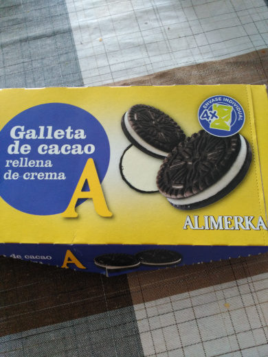 Galleta de cacao rellena de crema - Product