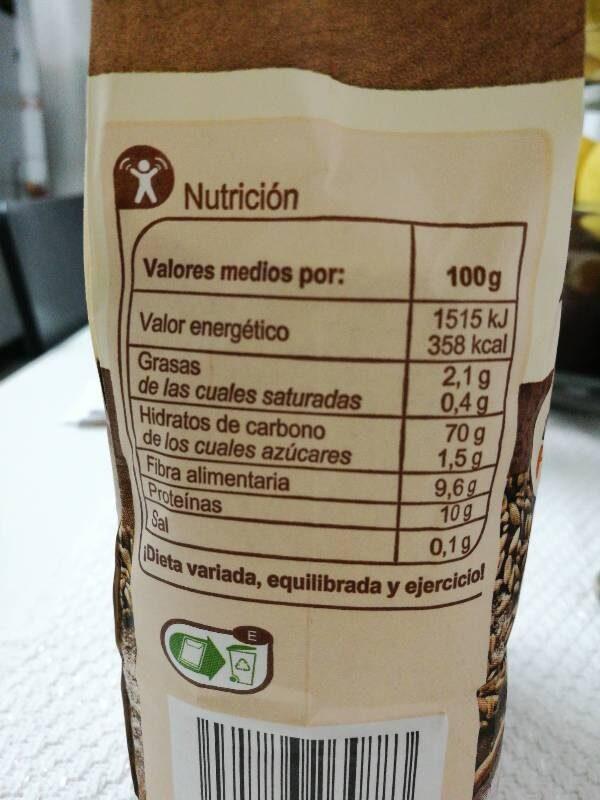 Harina de trigo integral supeco - Información nutricional