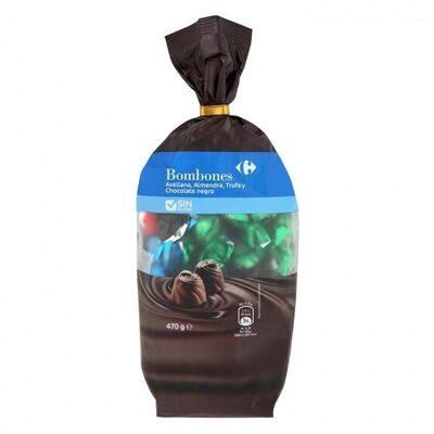 Surtido De Bombones De Chocolate Con Leche Rellenos De Avellana, Almendra Y Trufa Y Bombón De Chocolate. - Producto