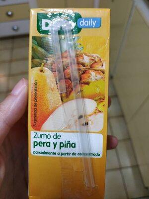 Zumo de pera y piña