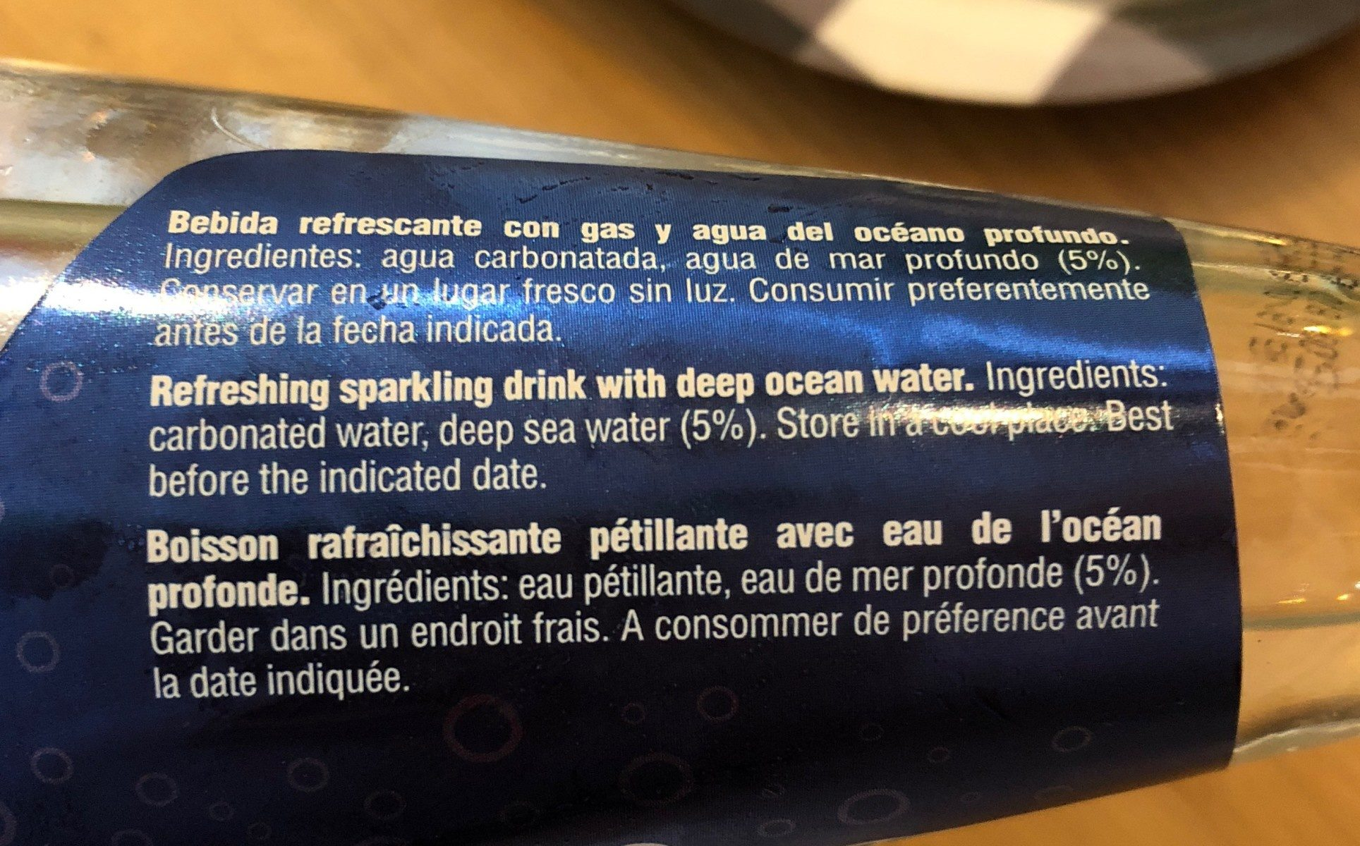 Sparkling water - Ingredientes - fr