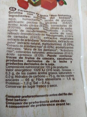 Gelatina con frutas del bosque - Nutrition facts