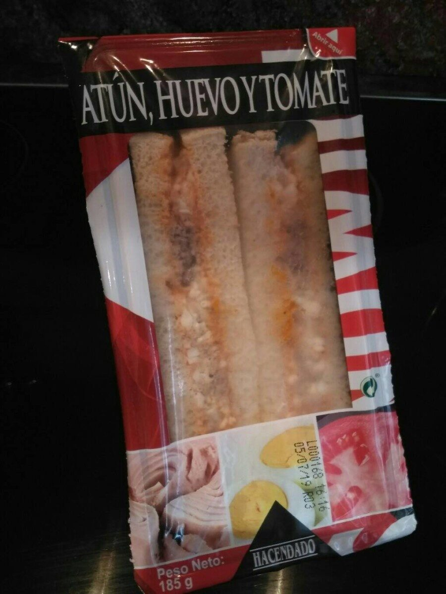 Sándwich, atún, huevo y tomate - Producte