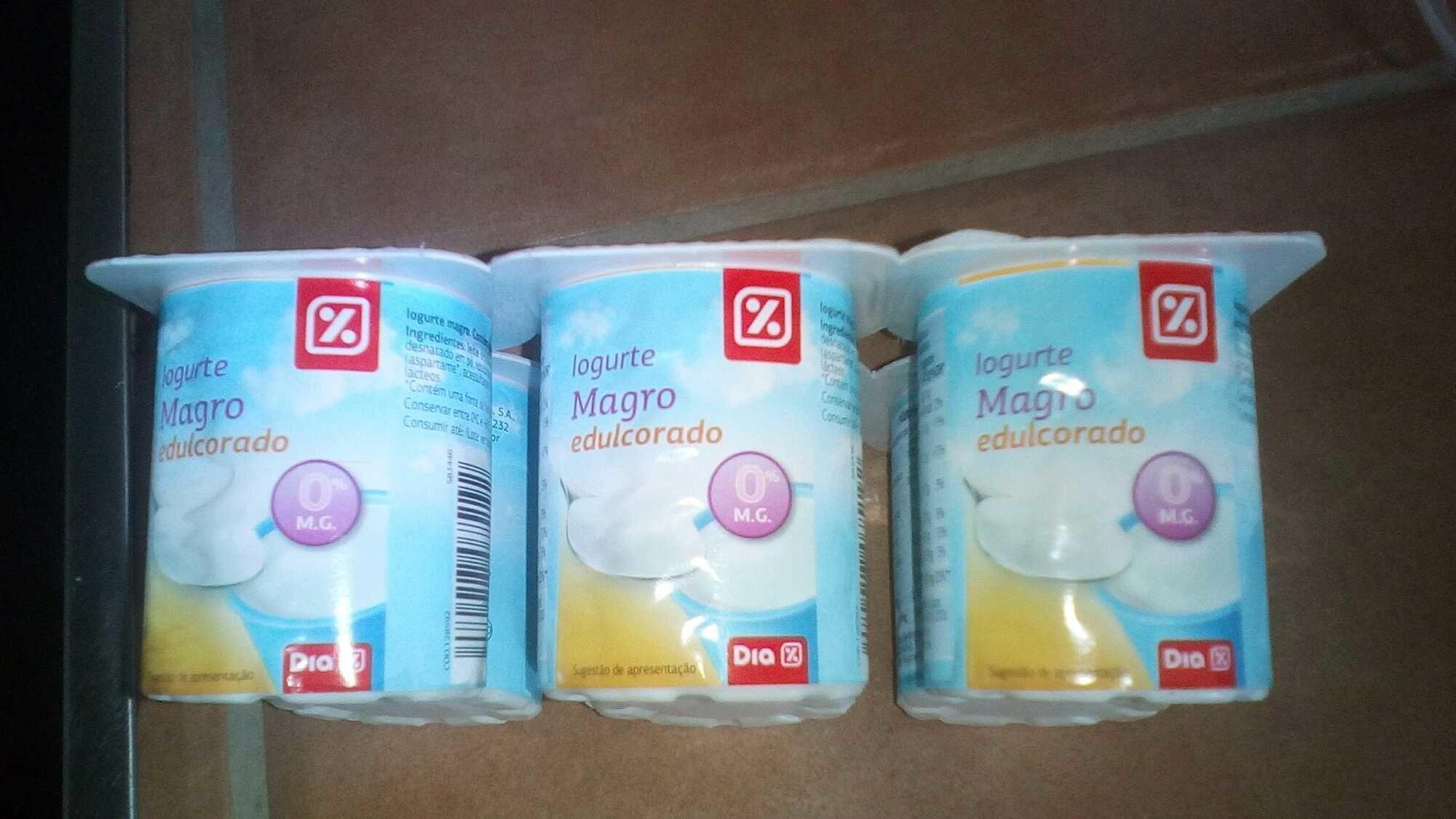 Yogur Desnatado Edulcorado Natural - Product