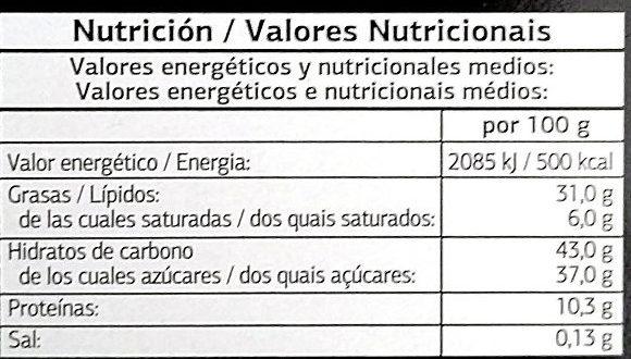 Turrón De Nata Y Nuez Cubierto De Chocolate - Información nutricional - es