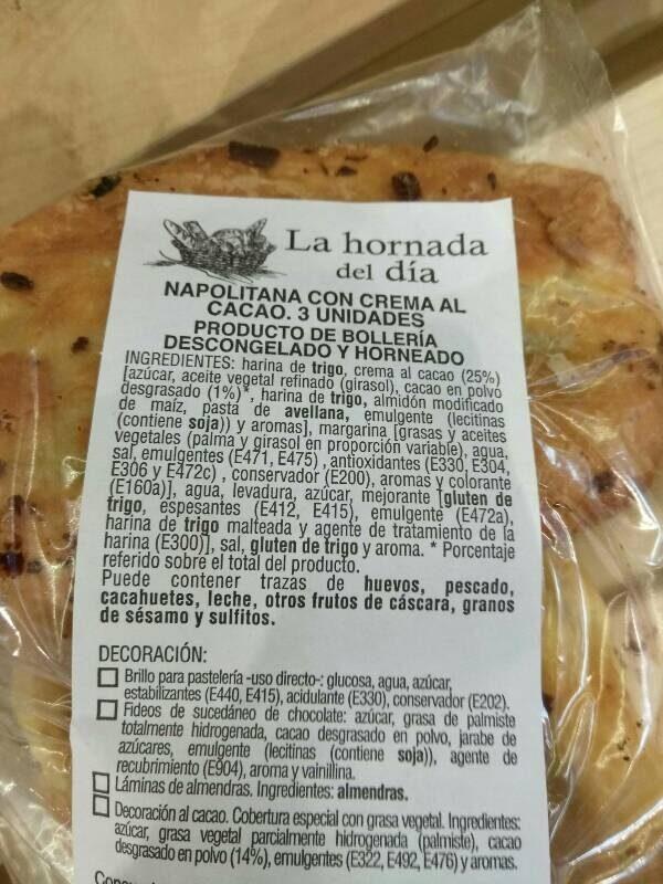 Napolitana con crema al cacao - Información nutricional