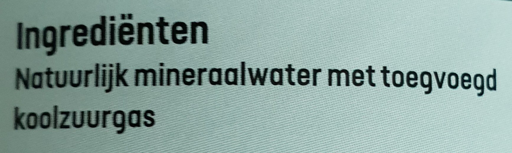 Mineral water light bruisend - Ingrediënten