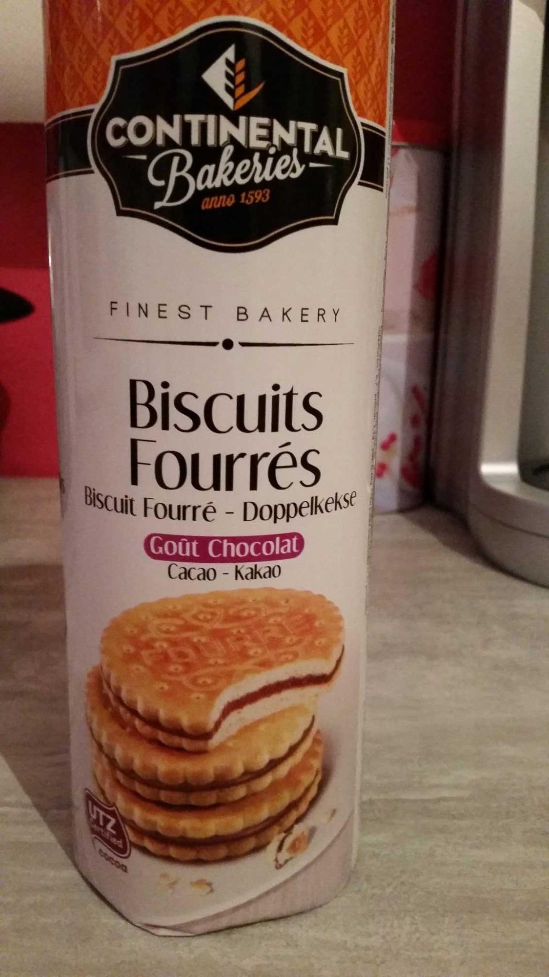 Biscuits fourrés goût chocolat - Product