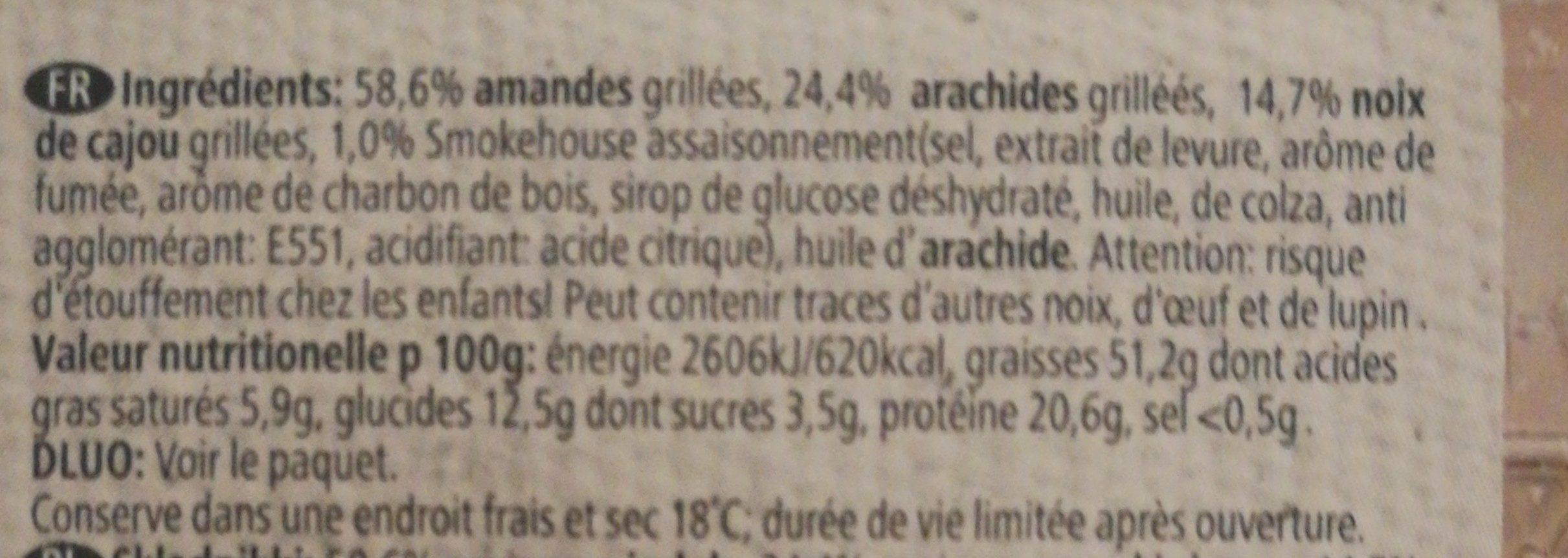Melange de noix au gout fumé - Ingrédients