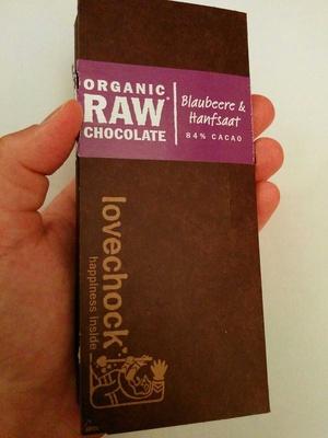 Blaubeee & hanfsaat 84% cacao - organic raw chocolate - Product